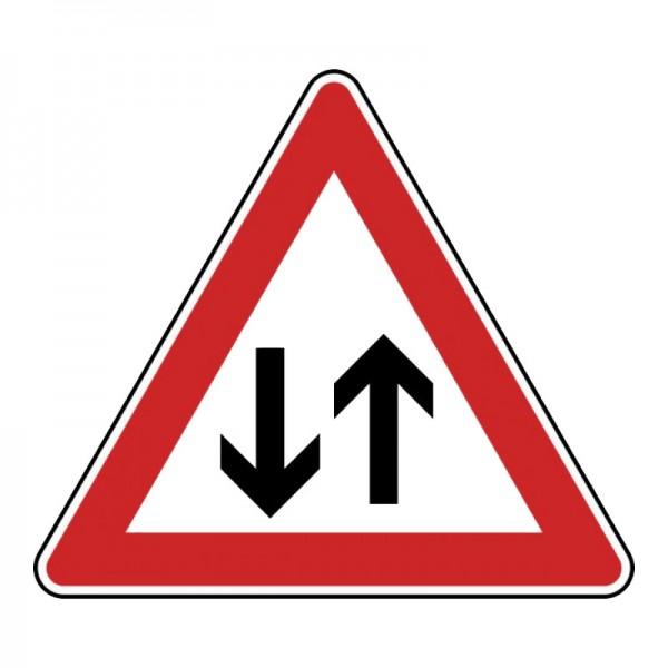 Verkehrszeichen - Gegenverkehr Nr. 125